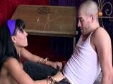 La pitonisa Luna Star se pone a follar con uno de sus clientes - Morenas