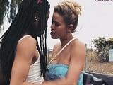 Jessa Rhodes y Kira Noir así se ponen tan calientes ellas.. - Lesbianas