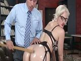 Mick Blue azotando el gran culo de la rubia Jenna Ivory - Anal