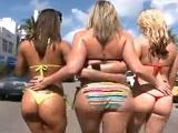 Sara Jay y sus amigas culonas se follan al personal en un gangbang - Youporn