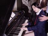 Mi tocón está hoy tu profesor de piano .., verdad Mia Evans? - Videos Porno