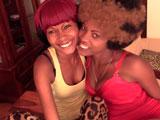 Trío porno casero con dos preciosas africanas bisexuales - Negras