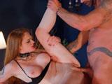 Carly Rae Summers dominada y follada duro por Jay Snake - Pelirrojas