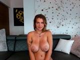 Ya era hora que Gabbie Carter se animara a hacer un show de webcam porno - Webcam Porno