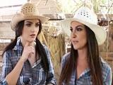 A las chicas de cowboy le gustan los pollazos por el coño - POV