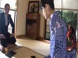 Sin censura: japonesa haciendo una buena paja y follando duro - Asiáticas