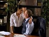Vicki Chase está ahí para contentar a su jefe.. Solo para eso! - Secretarias