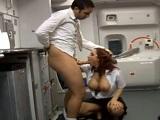 Kyle Strutt te chupa bien la polla y después te folla en el avión - Pelirrojas