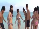 Asiáticos salidos montan una buena orgía en la playa sin permiso - Asiáticas