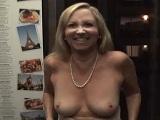 Abuela buenorra se somete a entrevista porno y sale bien follada - Entrevistas
