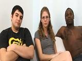 Le hace ilusión ver a un negro follándose a su novia - Interracial