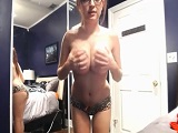 Tessa Fowler nos regala otra buena dosis de sus tetazas - Webcam Porno