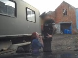 Falso policía de uniforme consigue follarse a esta zorra pelirroja - Pelirrojas