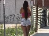 Convence a una española para follársela en medio de un descampado - Pornhub