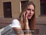 Estudiante rusa muy delgada acaba follando a cambio de un dinero - XXX